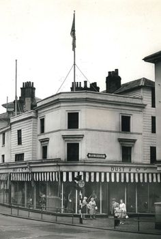 The entrance to The Pantiles (no date). Photo originally uploaded by Mick Andrews. Camden Road, Tunbridge Wells, Old Photos, Entrance, Wellness, History, Street, Board, Travel