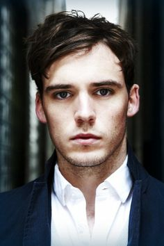 {FC Sam Claflin} Ello there! I'm Joseph Gorban. I've actually lived here in London my whole life. Recently, there does seem to be a lot of tourists around. Anyways, I'm 24 years old and I currently work at a cafe. I'm quite polite and don't mind having a conversation or meeting new people. If you ever need me just say so.