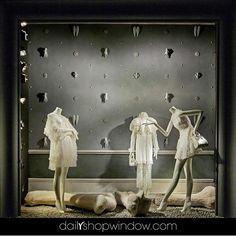 WEBSTA @ dailyshopwindow - @bergdorfs 2017, New York by @dailyshopwindow #dailyshopwindow #visual #visualmerchandising #visualmerchandisingtrends #windowdisplay #windowconcept #windowoftheday #window #scenography #retailphotography #retail #fashion #paris #newyork #bergdorfgoodman #store #departmentstore #fashion #men #women #april #hands #clothes #spring #inspireyourwindow