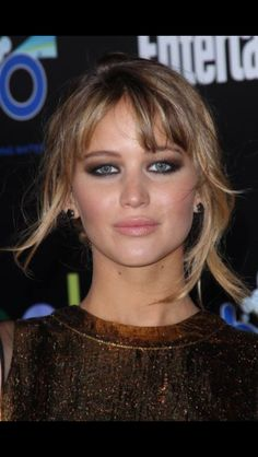 bf2cf73e903 Jennifer Lawrence Continues Her Straight Talk Jennifer Lawrence Hair