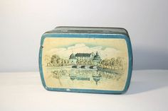 Vintage Swedish Cookie Tin, Cottage Chic Decor, Covered Biscuit Box