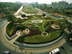 Sustainable roundabout