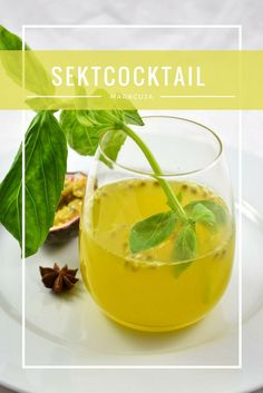 Gastbeitrag: Sektcocktail mit Maracuja und Raki #cocktail #raki #maracuja