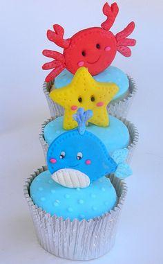 under the sea cupcakes Sea Cupcakes, Cupcake Cakes, Cupcake Ideas, Cupcake Toppers, Under The Sea Theme, Under The Sea Party, Starfish Cake, Holiday Cupcakes, Beach Cakes