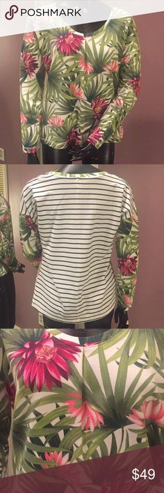 🌴Tommy Bahama Tropical Print Knit Tee 🌴Tommy Bahama Tropical Print Knit Tee. New with tags. Open to offers. ❤️bundle and save ❤️ Tommy Bahama Tops Tees - Long Sleeve