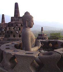 Borobudur, or Barabudur, is a Mahayana Buddhist Temple in Magelang, Central Java, Indonesia Buddha Temple, Buddha Buddhism, Buddhist Art, Vacation Places, Places To Travel, Places To Go, Temple De Borobudur, Buddha Kopf, Religion