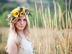 yellow sunflower Desert inspired flower halo crown utah wedding florist calie rose kristina curtis photography utah wedding photography www.calierose.com