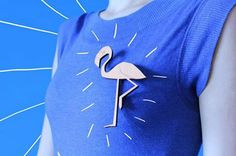 ∆ wooden pink flamingo brooch ∆    visit our shop: www.etsy.com/shop/paperpow