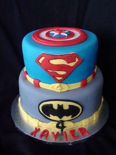 super hero cake- gâteau super heros creation maman gateau