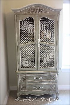 From My Front Porch To Yours: Armoire painted in Annie Sloan Chateau Grey and Old White Chalk Paint. Chalk Paint Projects, Chalk Paint Furniture, Furniture Projects, Furniture Making, Furniture Makeover, Diy Furniture, Furniture Design, Dresser Makeovers, Paint Ideas