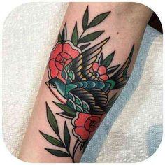 Traditional tattoo / classic tattoo #tattoo #tattoo-styles #tattoo-designs #tattoo-ideas For more tattoo styles, tattoo designs and tattoo ideas, follow us on Pinterest: www.pinterest.com/yourtango Neotraditionelles Tattoo, Tattoo Dotwork, Back Tattoo, Leg Tattoos, Flower Tattoos, Body Art Tattoos, Tatoos, Trendy Tattoos, Unique Tattoos