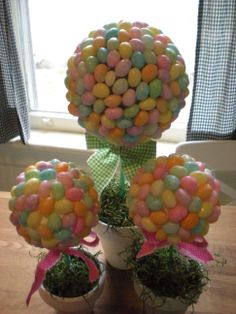 Jelly bean topiary. Cute craft for easter!!