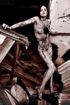 Paul Roustan, diplomato alla School of Art Institute di Chicago nel 2002, è l'artista che ha cambiato ed estremizzato il concetto di body