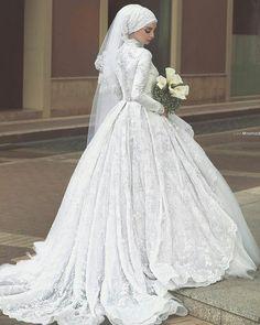 Wedding dresses hijab bride bridal gowns New ideas Arabic Wedding Dresses, Muslim Wedding Dresses, Muslim Brides, 2016 Wedding Dresses, Wedding Dress Sleeves, Long Sleeve Wedding, Wedding Gowns, Dresses 2016, Ivory Wedding