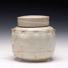 Large Caddy jar by Robert Briscoe.