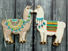 Llama llove   The Cookie Architect - can Mads make us two llama sugar cookies to use as cake toppers?!?!?!?