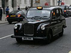 Black cab     Beckenham: Conviértete en un experto en Londres mientras mejoras tu inglés este verano.    #WeLoveBS #inglés #idiomas #London #ReinoUnido #RegneUnit #UK  #Inglaterra #Anglaterra