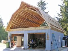 Shed DIY - After new joists are down, rebuild gambrel ceiling with pre-fab trusses. Love the pointy! Now You Can Build ANY Shed In A Weekend Even If You've Zero Woodworking Experience! Barn House Plans, Barn Plans, Shed Plans, Gambrel Barn, Gambrel Roof, Plan Chalet, Plan Garage, Garage Ideas, Roof Trusses