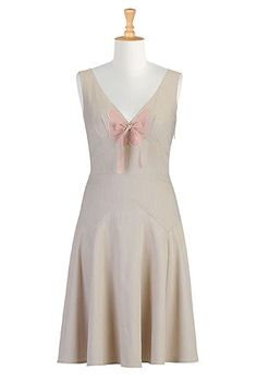 Butterfly oxford chambray dress, eShakti; gorgeous 1930s-inspired comfortable summer chic.