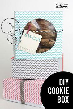 DIY cookie box. How to make a cute box for cookies from a sheet of scrapbook paper.