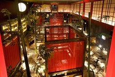 奈良市 の飲食店設計実例「居酒屋つのふり」 大阪・神戸など飲食店競合を抑え、某オンラインクーポンダウンロード数西日本一に輝いた話題の和食ダイニング。映画館をリノベーション(改装)したその手法は驚くべき逆転の発想。その空間デザインは建築設計・ランドスケープデザインの手法をインテリアデザインに取り入れたもの。#japaneserestaurantdesign #japaneserestaurant #interiordesign #izakayadesign #izakaya #飲食店デザイン