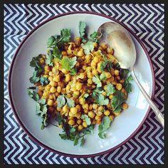 Salada de grão de bico ao curry
