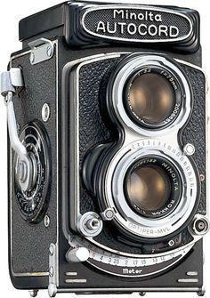 Antique Cameras, Old Cameras, Vintage Cameras, Box Camera, Camera Gear, Video Camera, Labo Photo, Medium Format Camera, Classic Camera