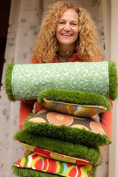 Firmly Planted - fake grass outdoor cushions, so cute! Artificial Grass For Dogs, Fake Grass, Artificial Turf, Jardin Decor, Grass Decor, Outdoor Cushions, Diy Wood Projects, Cool Diy, Garden Inspiration