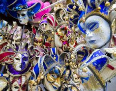 Image of a set of Venetian masks rich in colors and decorations