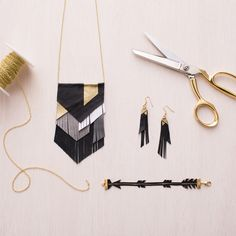 In our Leather Fringe Jewelry Kit, we give you all the materials you need to create 3 beautiful piec Jewelry Kits, Old Jewelry, Fringe Earrings, Leather Earrings, Leather Jewelry Making, Gold Pen, Touch Of Gold, Leather Pieces, Leather Fringe