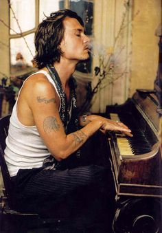 One of my favourite photos of him - Johnny Depp.
