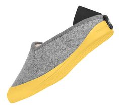 Innovative idea: comfy wool slippers with a detachable sole for indoor and outdoor use! Mahabis #innovation #slippers
