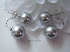 Audacious Double Pearl Earrings in Light Grey, Big Double Pearl Earrings, Sterling Silver Post, Quality Pearls, Fifty Shades of Grey by YaesilJewelry on Etsy Double Pearl Earrings, Fifty Shades Of Grey, Pearls, Sterling Silver, Trending Outfits, Big, Unique Jewelry, Handmade Gifts, Vintage
