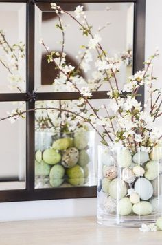 EGGS AND BLOOMS EASTER TABLE - StoneGable