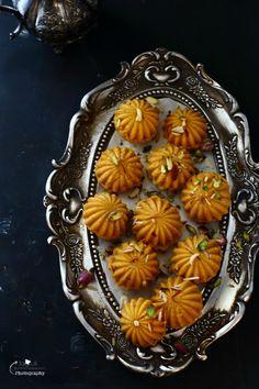 Jagruti's Cooking Odyssey: Kaju, Kesar and Mawa Ladoo / Ladu - Creamy Cashew and Saffron Truffles Indian Dessert Recipes, Indian Sweets, Sweets Recipes, Cooking Recipes, Indian Snacks, Indian Recipes, Burfi Recipe, Party Food Platters, Diwali Food