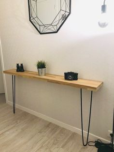 Industrial style oak console with metal pin base Console Style, Home Design Diy, Small Master Bedroom, Styling A Buffet, Industrial Style, Industrial Metal, Plant Shelves, Boutique Etsy, Ajouter