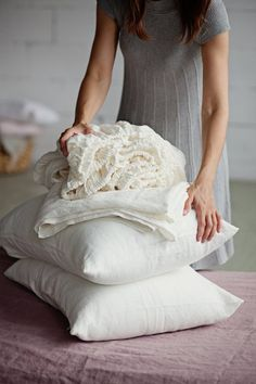 Give your bed a makeover with our linen sheet sets. Linen flat sheet, fitted sheet, two pillowcases. Bed sheet sets handmade from pure, stone washed linen. Linen Bed Sheets, Linen Duvet, Linen Fabric, Bed Linens, Luxury Duvet Covers, Luxury Bedding Sets, Bathroom Linen Cabinet, King Pillows, Grey Flooring