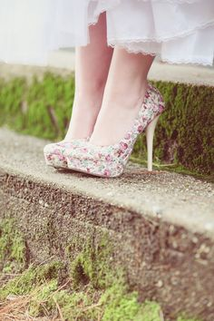 Floral wedding shoes // photo by DreamlovePhotography.com