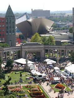 Denver Civic Center Park with the Denver Art Museum's Hamilton building in the background.