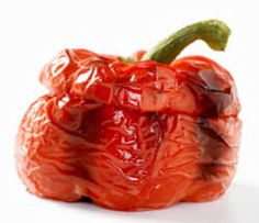 How to oven roast peppers - fast and easy! Food Tips, Food Hacks, Oven Roasted Peppers, Baking Tips, Eating Well, Essentials, Stuffed Peppers, Dishes, Canning