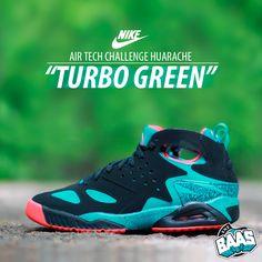 the best attitude 516e0 dc77b Nike Air Tech Challenge Huarache