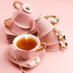 Welcome to my pink and green tea party! Wouldn't you love to have tea at this adorable little tea house? I think cupcakes go perfectl. Pink Tea Cups, Tea Cup Set, My Cup Of Tea, Tea Cup Saucer, Tea Sets, Pink And Gold, Pink And Green, Pale Pink, Keramik Vase