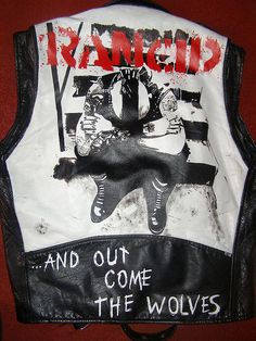 hand painted leather jackets featuring the art and logos of various bands Painted Leather Jacket, Punk Jackets, Vest Jacket, Jean Vest, Battle Jacket, Cool Style, My Style, Painting Leather, Punk Fashion