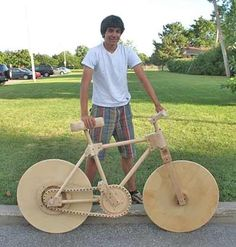 16 Year-Old Builds Working Wooden Bike