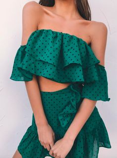 pin: heatonminded Gooseberry Intimates, Basic Tees, Festival Fashion, Most Beautiful Women, Different Styles, Fashion Models, Female Fashion, Off Shoulder Blouse, Strapless Dress