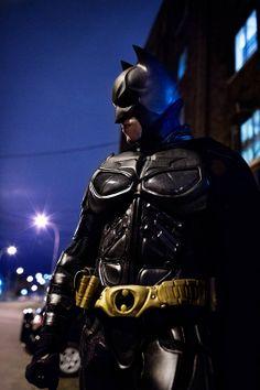 Batman cosplay by Mario Batgirl And Robin, Batman And Batgirl, Im Batman, Batman Comics, Batman Robin, Batman Cosplay Costume, Dc Cosplay, Male Cosplay, Best Cosplay