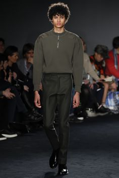 Catwalk photos and all the looks from Jil Sander Autumn/Winter 2016-17 Menswear Milan Fashion Week