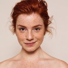 - Portrait Refs etc - - Brauchen Sie wirklich … CBD Oil-Infused Skin Care? – Portrait Refs etc – - Pretty People, Beautiful People, Beautiful Red Hair, Beautiful Freckles, Beautiful Redhead, Beautiful Models, Beautiful Women, Beauty Regimen, Beauty Products