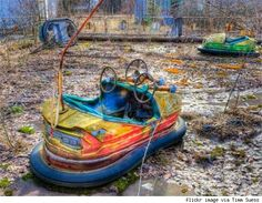 Abandoned amusement park in the ghostown of Pripyat, Ukraine. Creepy and fascinating.