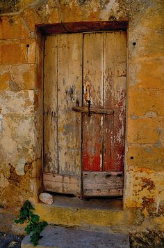 Old  Door Gozo I hv taken some old door photos Gozo to put on here later. They were down near the salt pans.